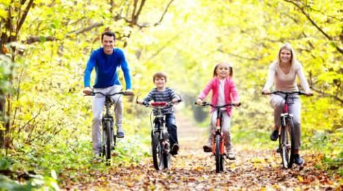 Fazer-exercício-físico-com-a-família