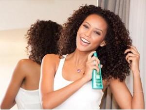 Segredos para pentear cabelos encaracolados