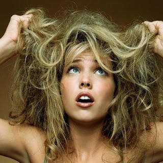 Como ter cabelos macios e brilhantes